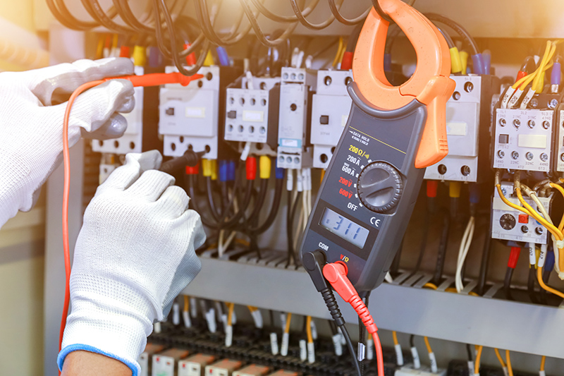 How To Become An Electrician in Maidstone Kent
